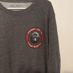 Smokey Bear Graphic Sweatshirt (0016)
